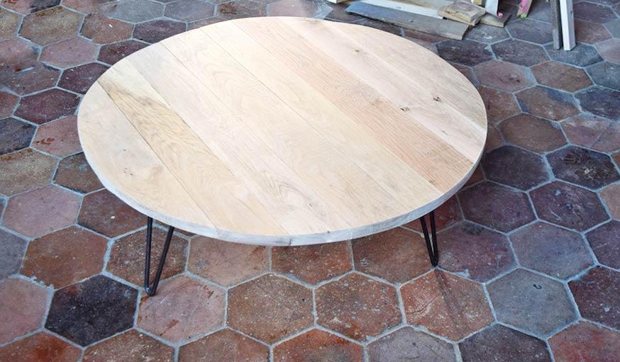 diy pour fabriquer une table basse ronde en bois brut. Black Bedroom Furniture Sets. Home Design Ideas