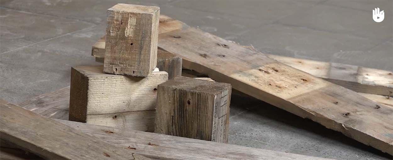 DIY :  Comment démanteler une palette pour fabriquer vos propres meubles récup'