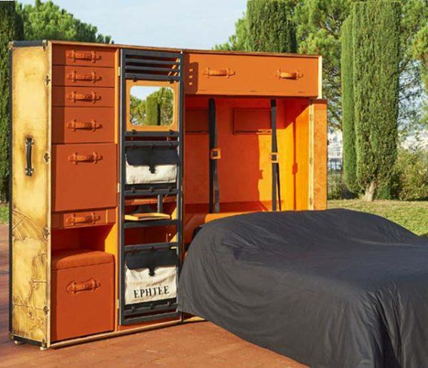 Cette malle inventée par un Bordelais cache une véritable chambre à coucher nomade
