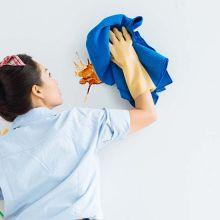 12 astuces de grand-mère pour enlever les taches sur un mur