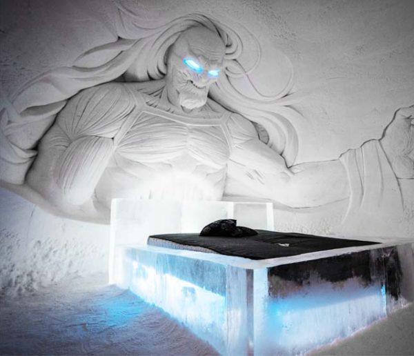 Avis aux fans de Games of Thrones : vous pouvez dormir au-delà du mur !