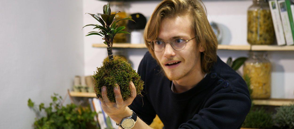 DIY : Réalisez un Kokedama en quelques minutes pour mettre en valeur vos plantes sans pots