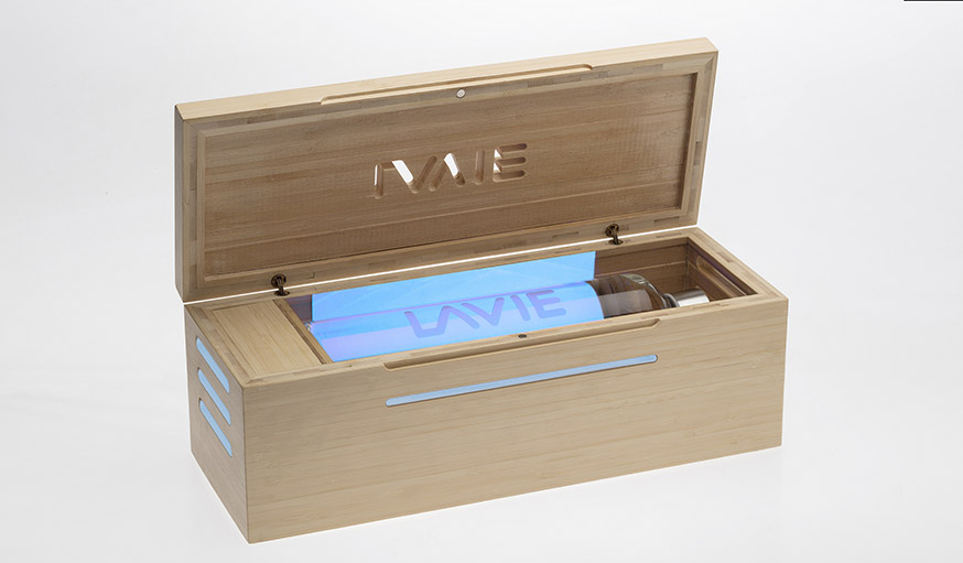 ce purificateur d 39 eau supprime le chlore de l 39 eau du robinet gr ce aux uva. Black Bedroom Furniture Sets. Home Design Ideas