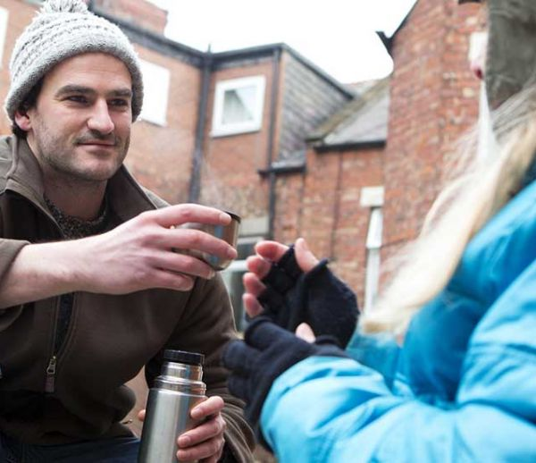 Vague de froid : comment venir en aide aux personnes sans-abri ?