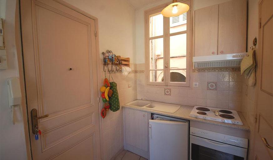 Avant apr s r nover et r nover un appartement pour le for Cuisine 5000 euros