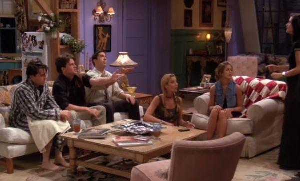 Friends : Découvrez les secrets qui se cachent derrière l'appartement de Monica !
