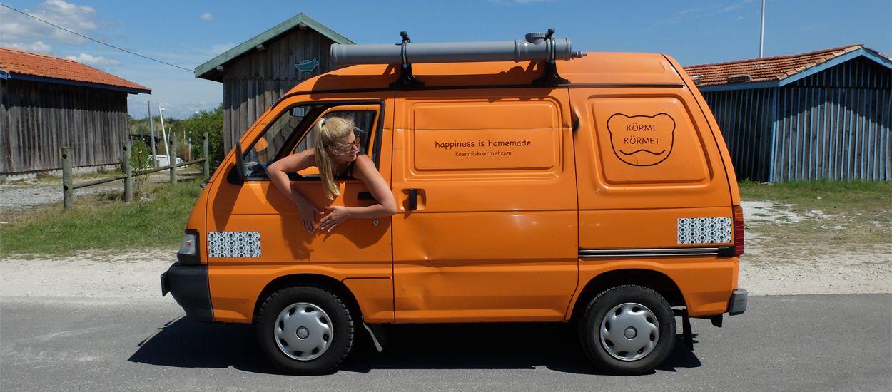 Cette Allemande a réussi à faire tenir une maison dans un mini-van !