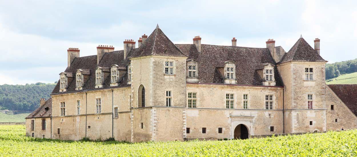 Stéphane Bern lance le loto du Patrimoine pour rénover une centaine de monuments français