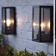 Sélection de luminaires extérieurs pour mettre en valeur votre jardin