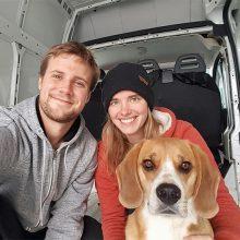 Tiffen et Kevin ont arrêté leurs études pour explorer le monde à bord d'un fourgon aménagé