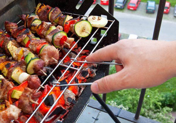 Avez Vous Le Droit De Faire Un Barbecue Sur Votre Balcon Ou