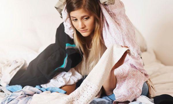 9 astuces pour repasser vos vêtements sans utiliser de fer à repasser