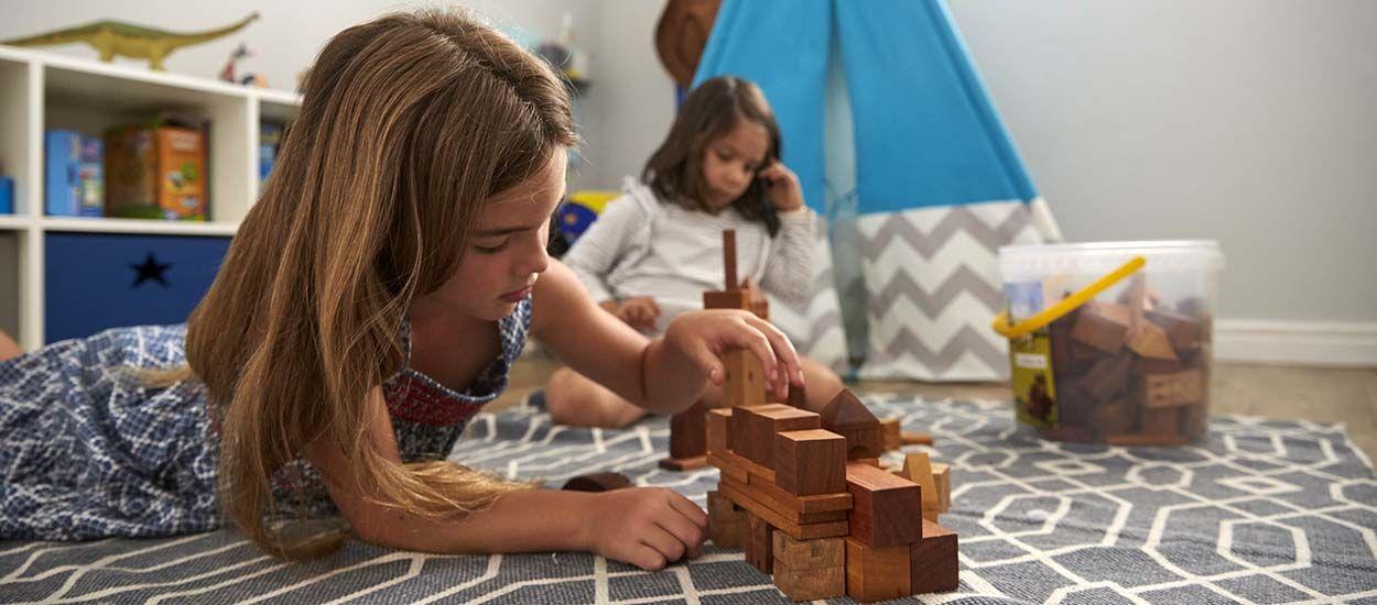 salle de jeux pour enfants am nager un coin jeux pour diff rents ges. Black Bedroom Furniture Sets. Home Design Ideas