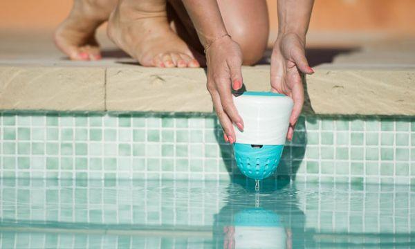 Entretien piscine 18h39 for Objet connecte piscine