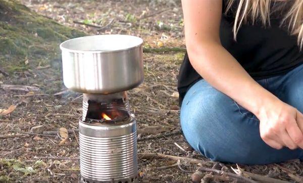 Tuto : Fabriquez votre réchaud en boîtes de conserve pour zéro euro !