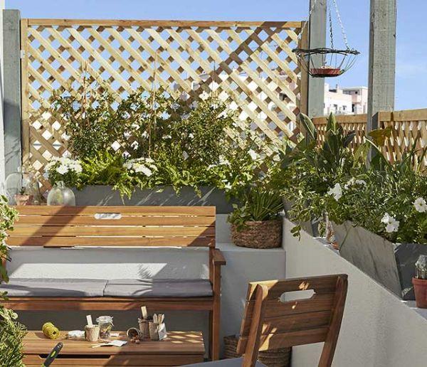 Conseils de pros pour aménager votre petit balcon et profiter des beaux jours