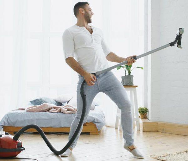 Des pros du ménage révèlent ce que les gens oublient systématiquement de nettoyer chez eux !