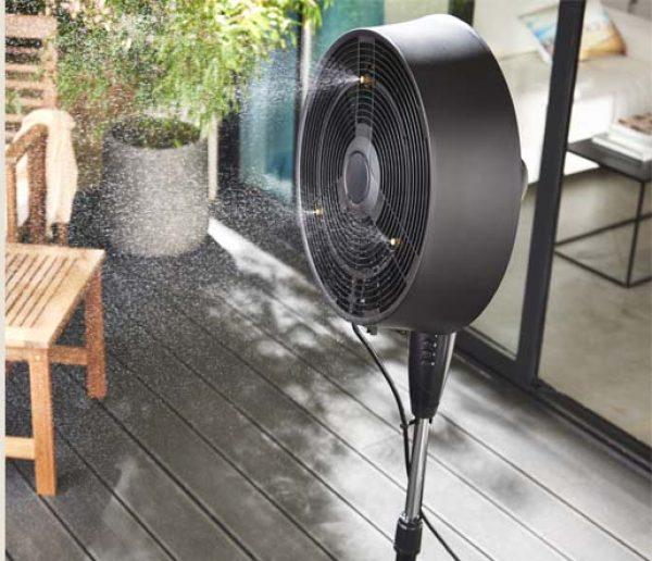 3 raisons d'investir dans un ventilateur brumisateur pour rafraîchir la maison