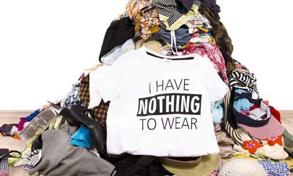 Comment prendre le contre-pied des soldes et désencombrer votre dressing