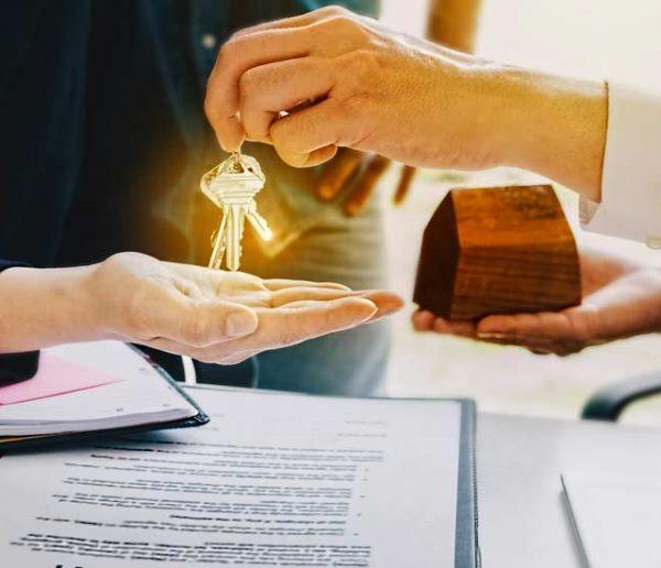 Avis aux futur-es propriétaires : découvrez les surcoûts de taxe foncière ville par ville