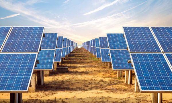 Tuiles, vitres ou encore briques photovoltaïques, quel est l'avenir de l'énergie solaire ?