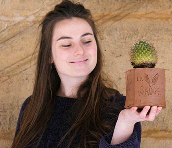Tuto : Façonnez un pot en argile pour vos succulentes en 30 minutes