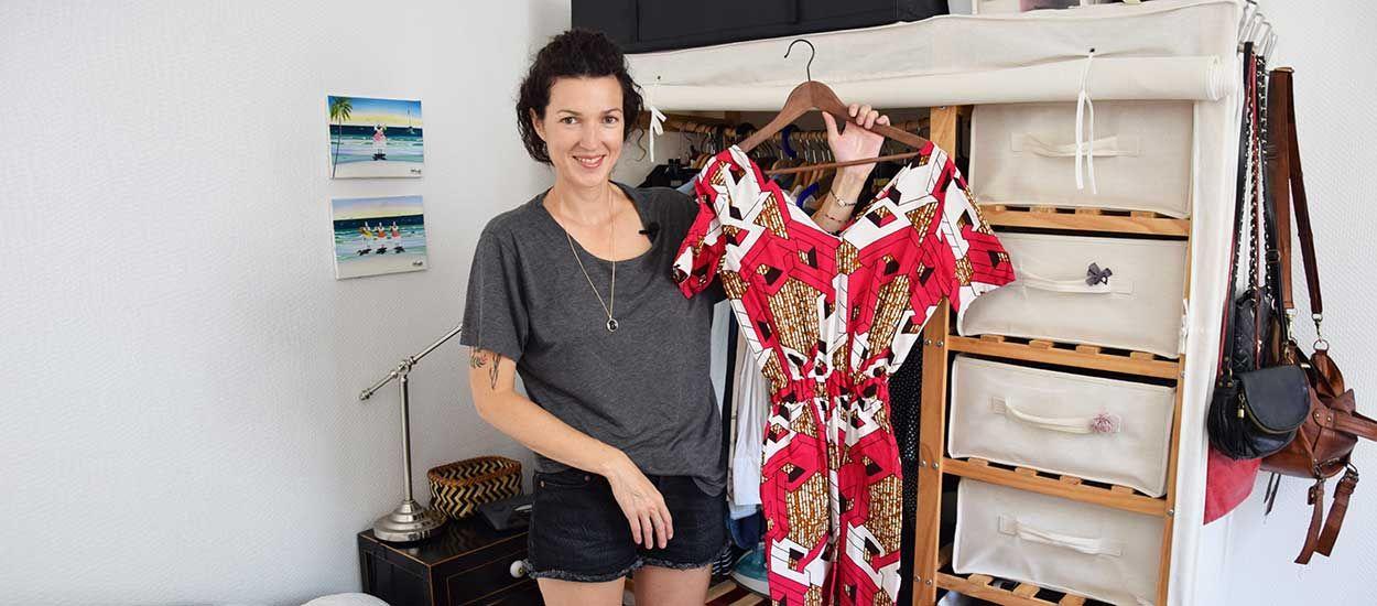 Émilie, coach minimaliste, vous montre comment elle trie son dressing (avec un clin d'œil à Marie Kondo)