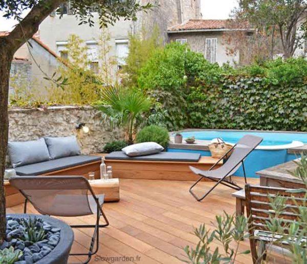 Avant / Après : Cette terrasse bétonnée est devenue un paradis tropical sublimé par la piscine