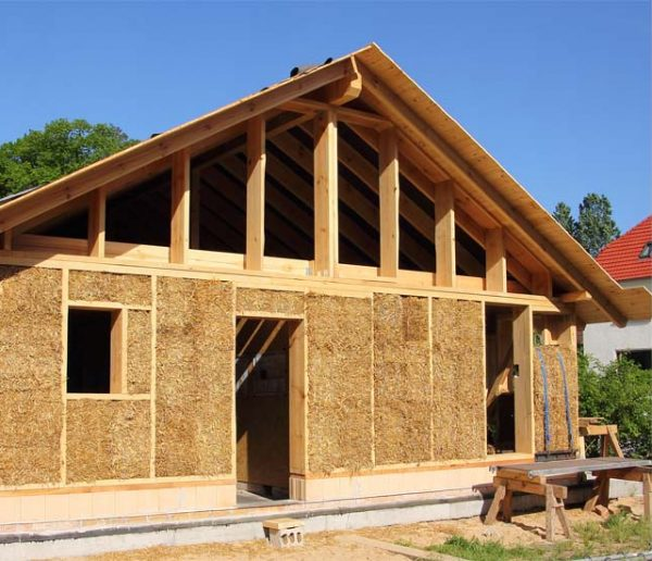 Les étapes clés pour construire sa maison en matériaux écologiques