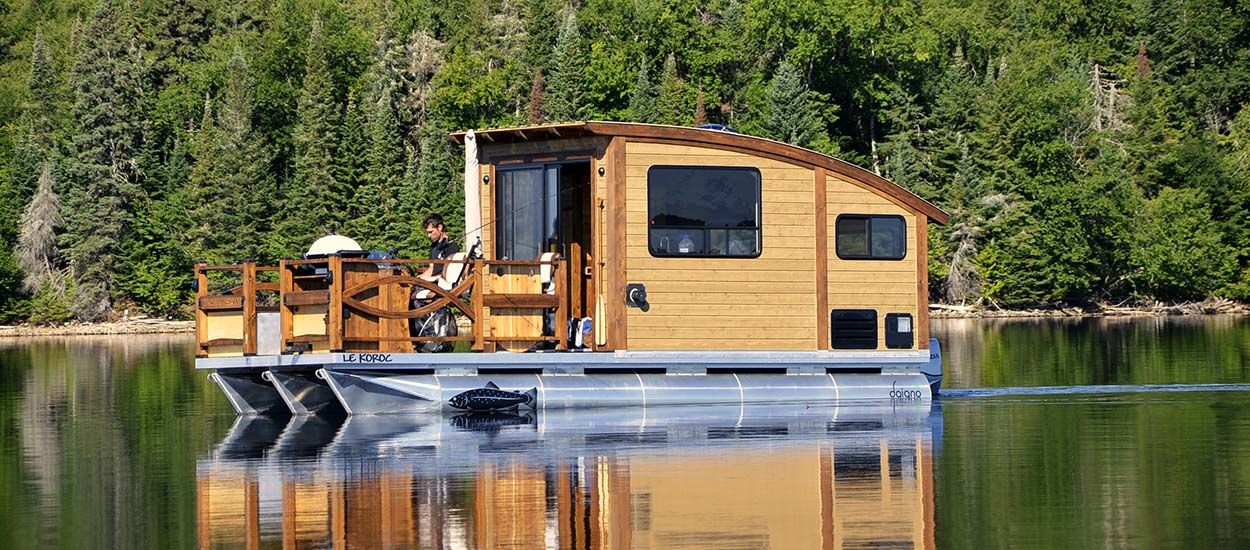 Insolite : une tiny house flottante et écolo pour le plus grand plaisir des pêcheurs !