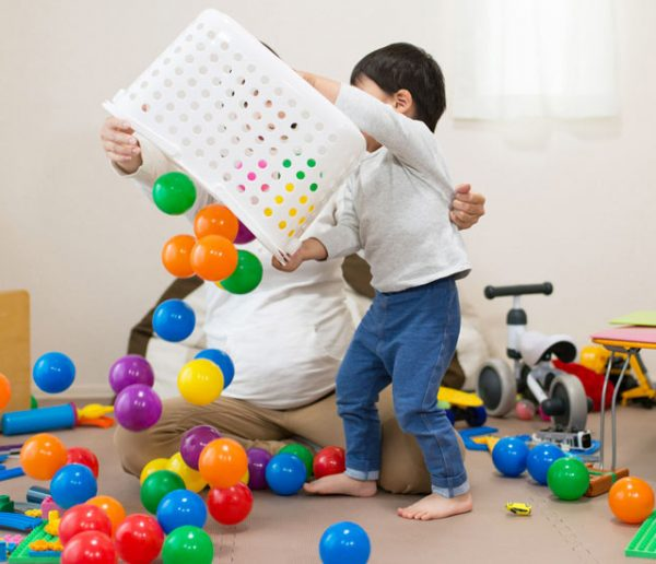 Vidéo : Marie Kondo vous livre sa méthode pour ranger avec efficacité les jouets de vos enfants !