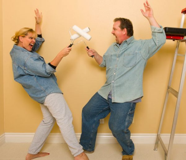 Couple et travaux : comment éviter la crise quand on rénove une maison à deux ?