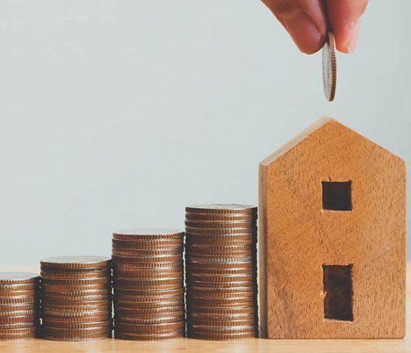 Paille, bois, terre crue : Quel budget pour construire ou rénover une maison écolo ?