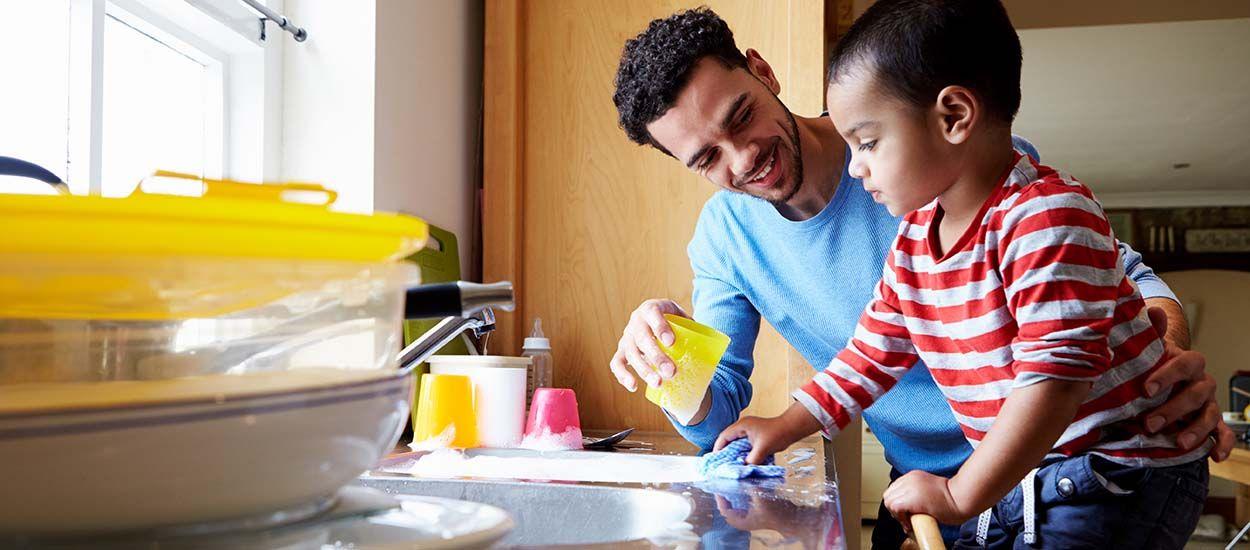 Tuto zéro déchet : recette pour confectionner votre liquide vaisselle bio et écolo