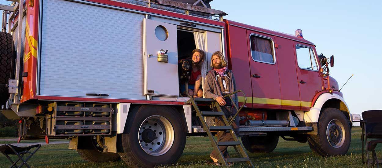 Anna et Sébastian ont transformé un camion de pompiers en maison sur roues