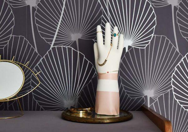 Tuto : Pour Moins De 15 Euros, Fabriquez Une Main Porte Bijoux Effet  Vintage !