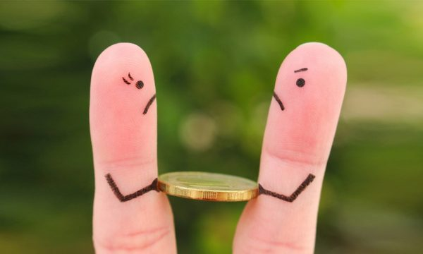 Compte commun VS Lydia : comment gérer son budget en couple (sans risque d'engueulade)