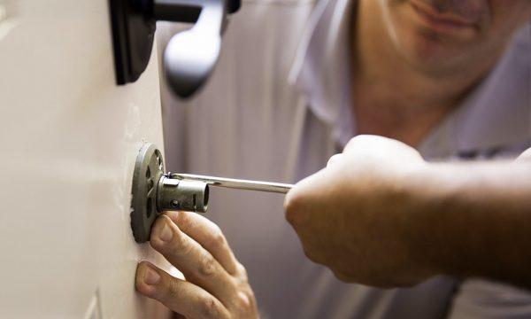 Locataires : avez-vous le droit de changer votre serrure et votre porte d'entrée ?