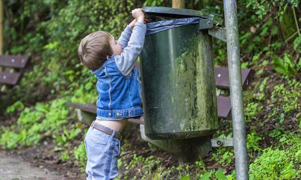 Zéro déchet : Cette ville est la première de France à supprimer toutes les poubelles dans ses rues
