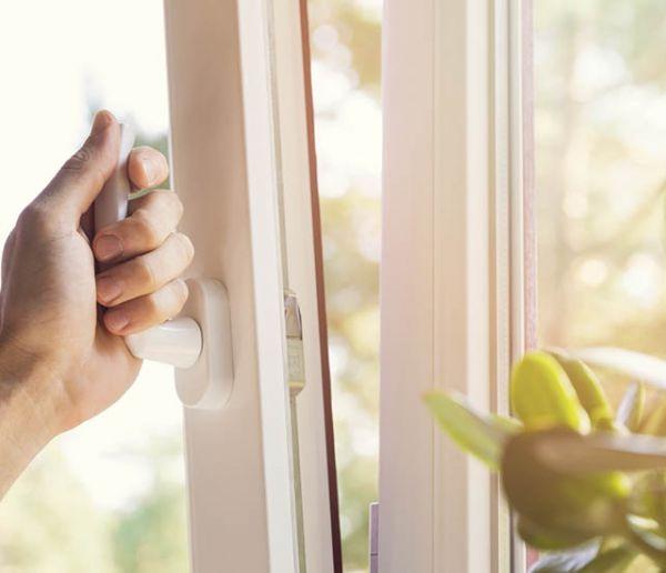 10 erreurs à éviter absolument pour ne pas polluer l'air intérieur de votre logement