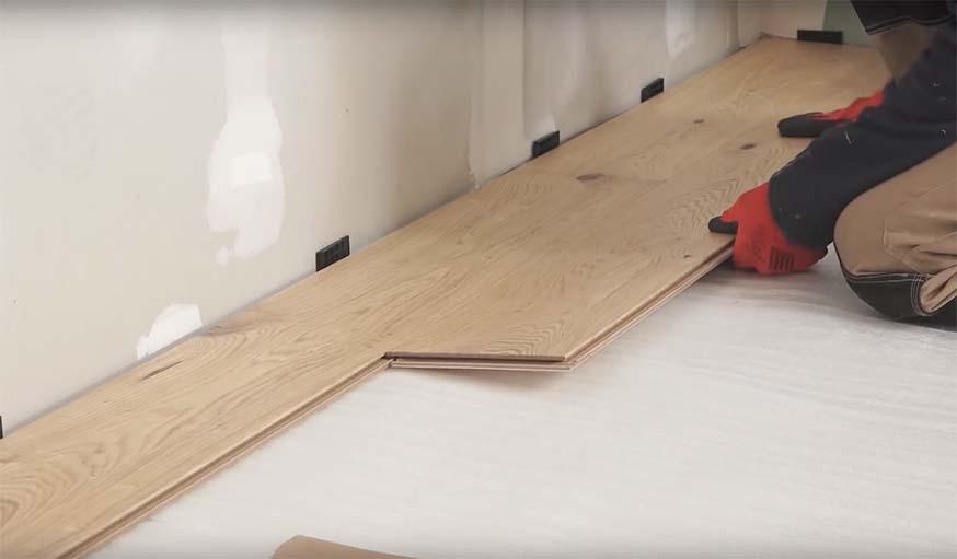 comment poser du parquet flottant clips pas pas en 21 tapes. Black Bedroom Furniture Sets. Home Design Ideas