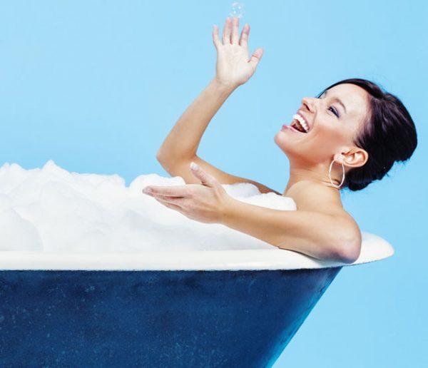 La science le prouve : prendre un bain chaud est meilleur pour le moral qu'une séance de sport !