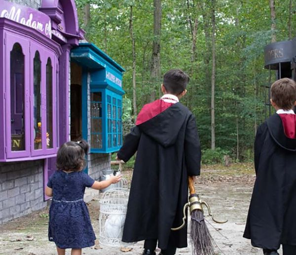 Ces super parents ont recréé le Chemin de Traverse d'Harry Potter pour leur fille !