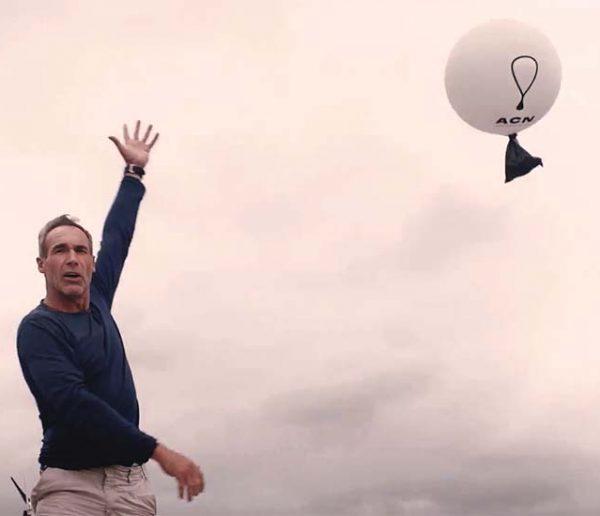Pour sauver la planète, Mike Horn propose d'envoyer vos déchets dans l'espace !