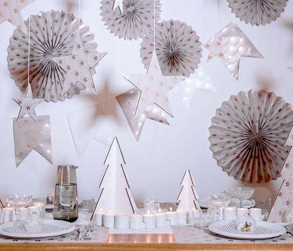 Tuto : Créez une table de fête digne d'un conte de fée avec des chutes de papier peint