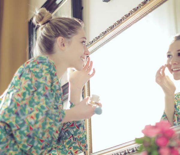 Des étudiants français inventent un miroir connecté et tactile qui s'adapte à votre personnalité