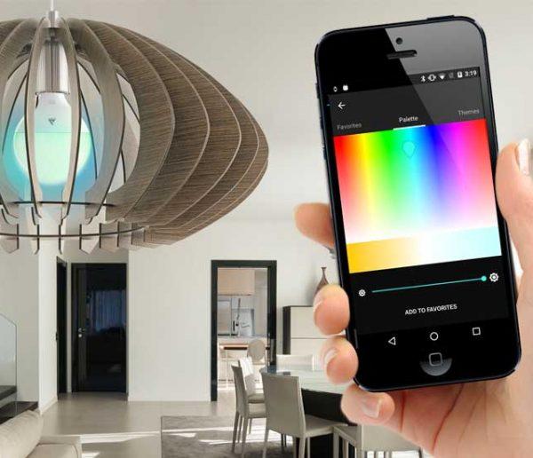 5 raisons d'utiliser des ampoules connectées chez vous