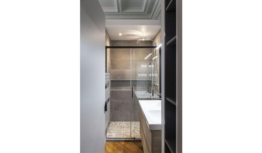 1   Une Douche à Lu0027italienne Pour Une Petite Salle De Bains