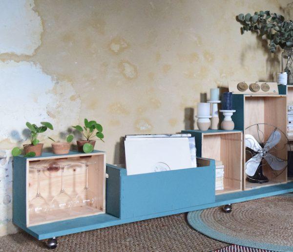 Tuto : fabriquez un meuble de rangement malin grâce à de vieilles caisses à vin !