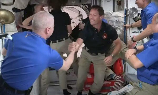 Home tour : comment vit-on dans une station spatiale internationale ?